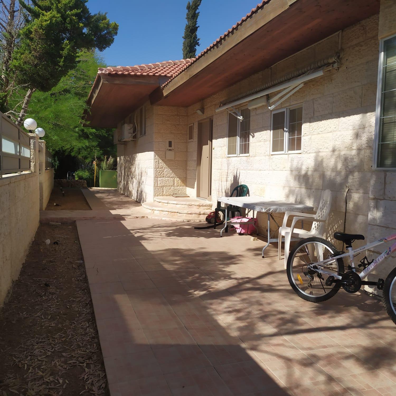 Nice Villa 7 rooms, 210m2 Kfar Adoumim